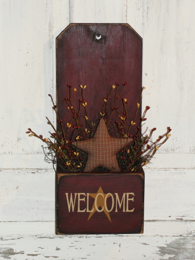 Primitive Wood Box with Welcome Star Berries and Homespun Star - Shelf sitter / Wall hanger