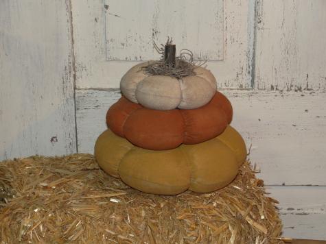 Candy Corn Pumpkin Stack