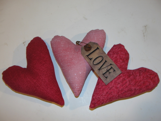 Primitive Pink Tone Hearts