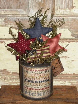 Primitive Homespun Americana Arrangement with Primitive Stars and American Flag Pillow Tuck