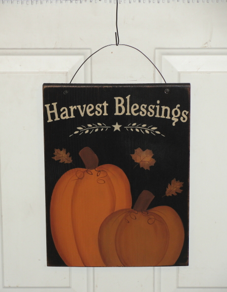 Harvest Blessings Primitive Wood Sign with Pumpkins / Two colors available