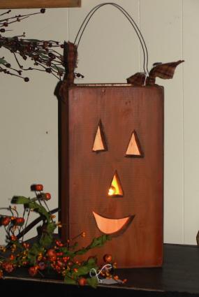 Primitive Fall Jack-o Face Pumpkin Box with Electric Clip Light