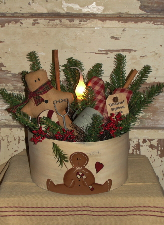 Gingerbread Round Pine Arrangement with Electric light