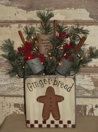 Primitive Gingerbread Wood Box Pine Arrangement with Green Cord Mini Light Stand