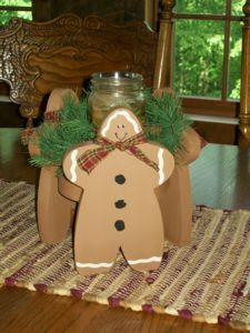 Gingerbread Wood Candleholder