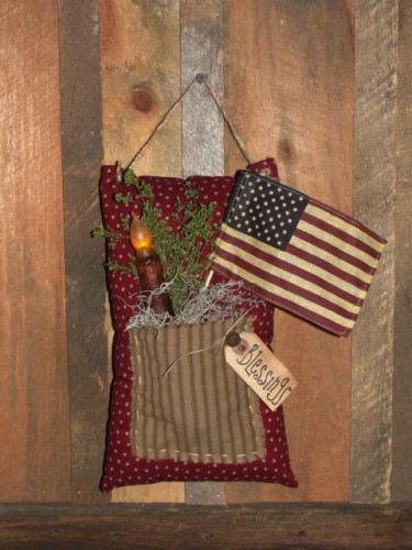Primitive Hanging Pouch with Flag and Grungy Candle Light